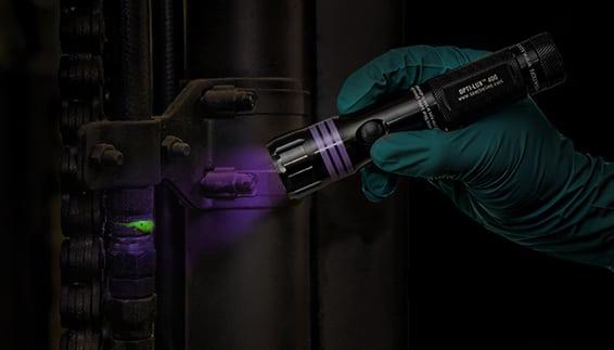 Vazamentos de Pinpoint com corante fluorescente